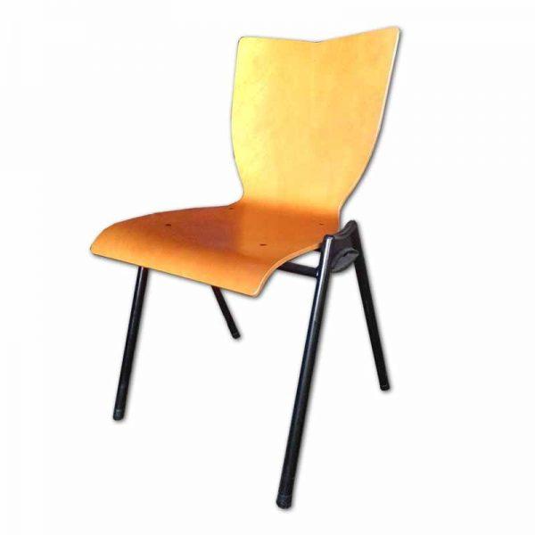 Houten stoel voor kantoor of woonkamer