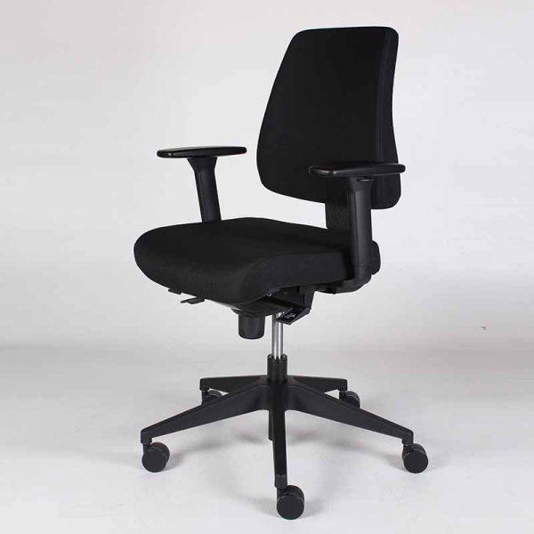 Ergonomisch bureaustoel volgens en-1335