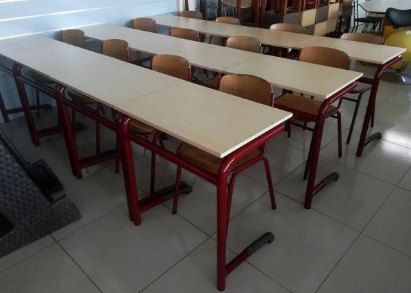 Tafels en stoelen voor school en trainingszaal