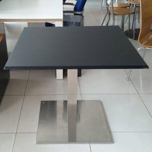 Luxe vierkante tafel in zwart 90x90cm
