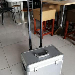 Flexwerkkoffer trolley met sleutel en pennenbakje